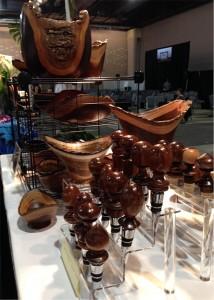 Aaron Hammer made wooden bowls